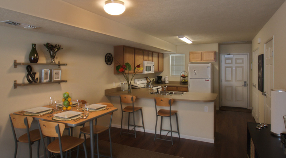 West Apartments Allendale Mi